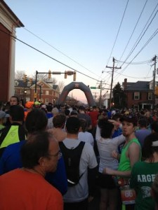 Charlottesville Marathon Starting Line_Dietitian on the Run